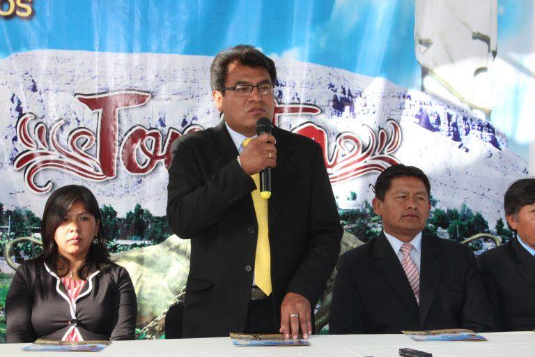 ALCALDE DE LA MUNICIPALIDAD DISTRITAL DE TORATA RETOMA SUS LABORES EN LA INSTITUCIÓN.