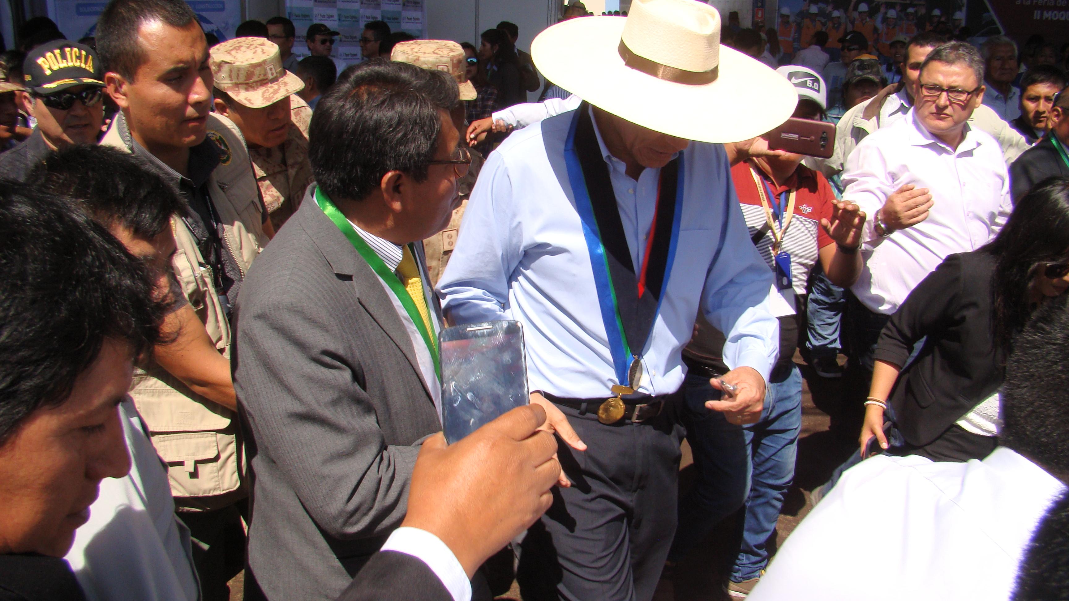 ALCALDE DE TORATA Y EL PRESIDENTE DE LA REPÙBLICA SOSTENDRÁN REUNIÓN DE TRABAJO EL PRÓXIMO LUNES EN LIMA.