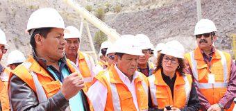 ALCALDE Y GOBERNADOR REGIONAL INSPECCIONAN CON AUTORIDADES DEL DISTRITO LA ZONA DE INFLUENCIA E IMPACTO MINERO EN EL RIO TORATA