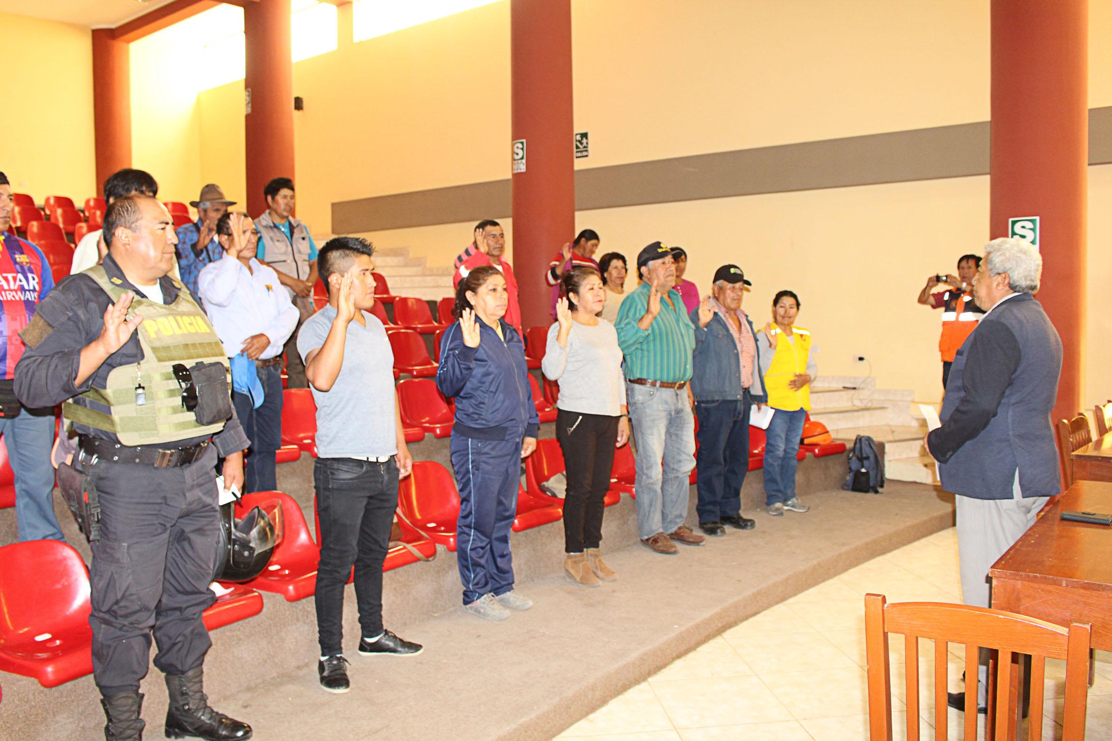 AUTORIDADES DE YACANGO SE ORGANIZAN PARA LA GESTIÓN ANTE RIESGOS DE DESASTRES POR LA PRESENCIA DE LLUVIAS