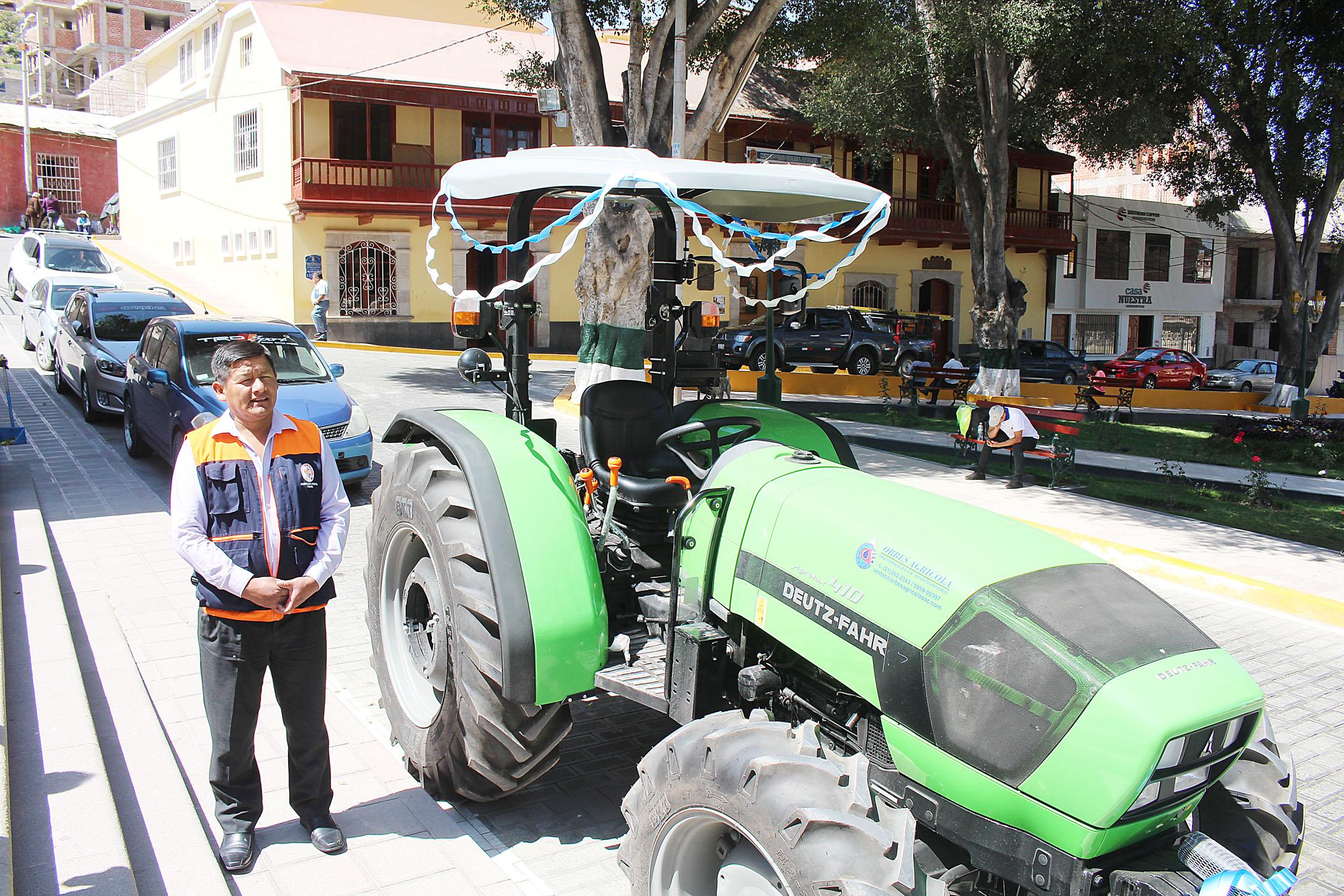 MUNICIPALIDAD DE TORATA ADQUIERE 03 MODERNOS TRACTORES AGRÍCOLAS PARA ATENDER A LOS AGRICULTORES DEL DISTRITO