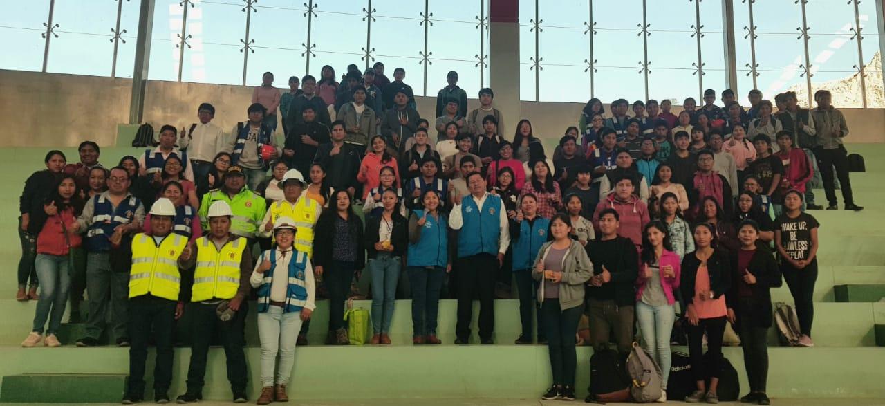 """ALCALDE Y REGIDORES DE TORATA DAN LA BIENVENIDA A LOS BENEFICIARIOS DEL PROGRAMA MUNICIPAL """"JÓVENESTRABAJANDO 2020"""""""