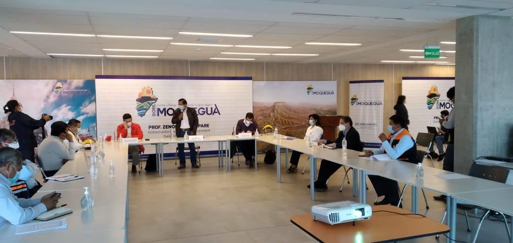 ALCALDE DE TORATA PARTICIPA Y EXPONE LA PROBLEMÁTICA MINERA DEL DISTRITO AL MINISTRO DE ENERGÍA Y MINAS
